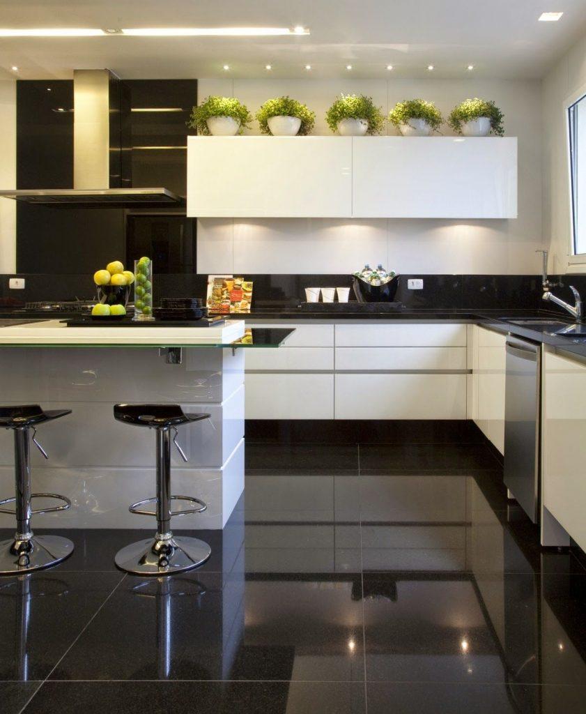 """d611728a1f005e57604f1317b0d72dac 841x1024 - Công thức """"vàng"""" trong thiết kế tủ bếp cho tín đồ trắng - đen"""