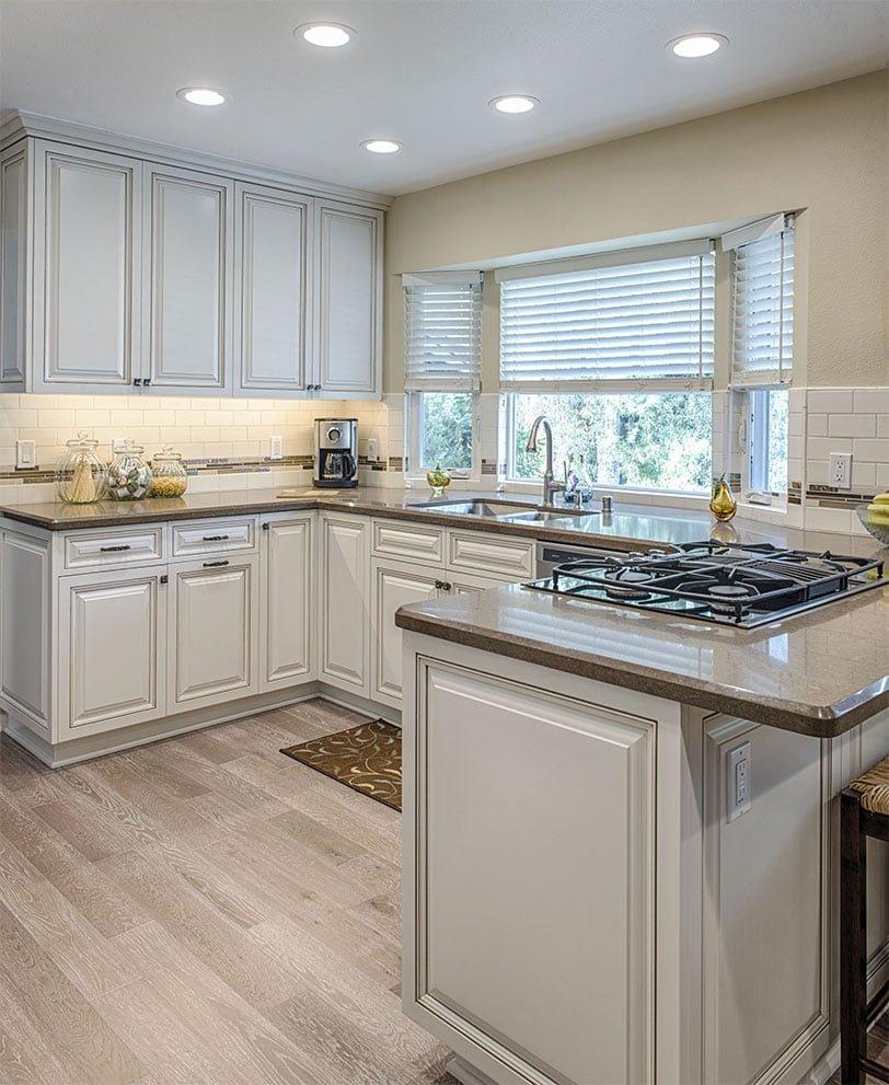 nice kitchen white smooth counters - Những sai lầm nghiêm trọng trong thiết kế nhà bếp và giải pháp cực đơn giản