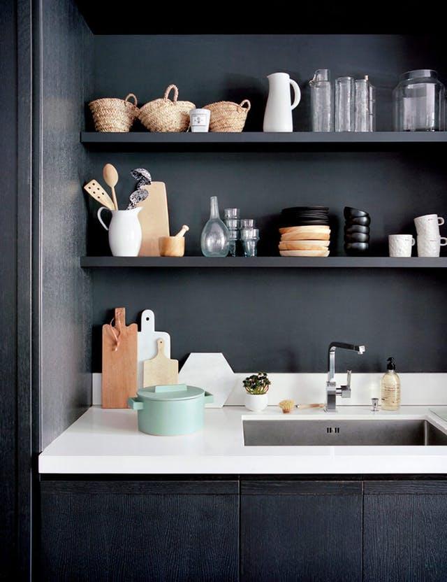 GIAI PHAP MAU SON CHO BEP 2 - Những giải pháp về màu sơn giúp không gian bếp thêm sang trọng